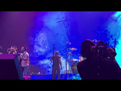 Hootie and the Blowfish State Your Peace Walmart AMP Rogers Arkansas