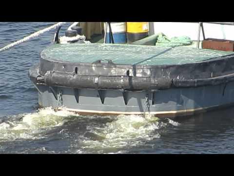 La pesca in bottatrice invernale di Yenisei