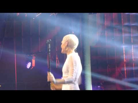 Jessie J - Daydreaming (HD) - Roundhouse - 23.09.13