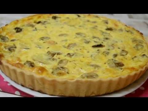 Quiche de queijo, fiambre e cogumelos