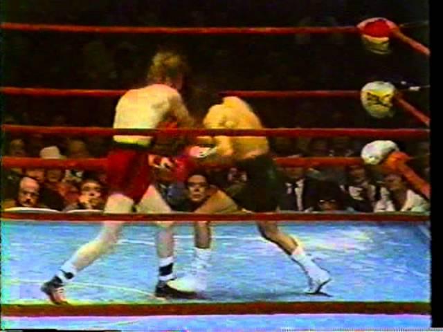 Danny Lopez vs. Ruben Olivares, 1975, (KO7)
