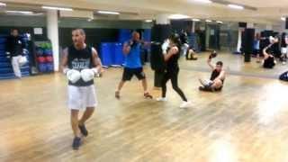 preview picture of video 'En Inca Fit el boxeo no es solo para hombres'