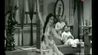 jhanan jhanan baje Chand aur Suraj 1965 - Lata   - YouTube