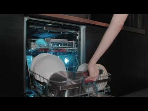 AEG Comfortlift Dishwasher -  Sell Out Training Video