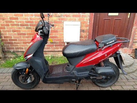 Brief look at my restricted Kymco Agility 50 scooter.