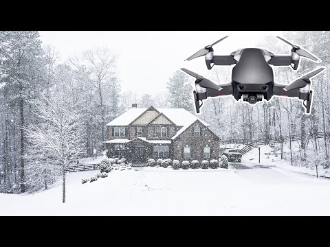 dji-mavic-air-drone--flying-a-drone-in-a-snow-storm