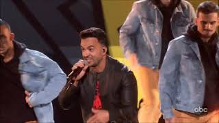 "Luis Fonsi Sings ""Impossible"" Live Mickey's 90th Birthday Spectacular HD 1080p"