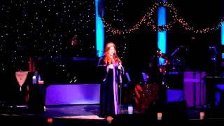 Wynonna - O Holy Night (part 2) - 12-13-07