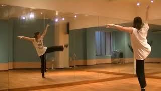 香音先生のダンスレッスン~体の使い方・パの練習~のサムネイル画像
