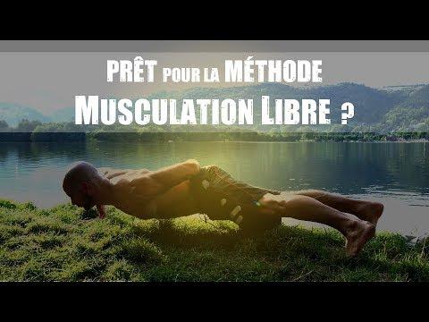 La gymnastique athlétique de lexercice sur les muscles
