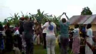 preview picture of video 'Dancing with Pygmie villagers'