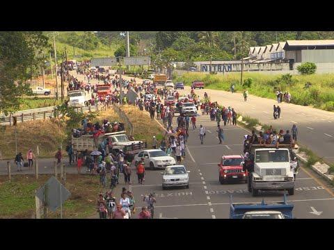 Diferentes ONG y migrantes denuncian violación de derechos humanos a caravana en México