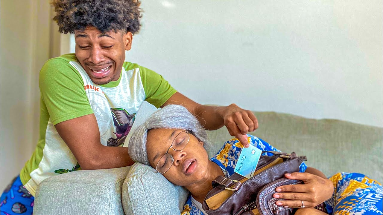 Young boy takes Granny's charge card To Purchase IPHONE 13 thumbnail