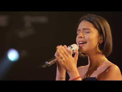 México brilla en la pregala de los Grammy, cantan 'La Llorona'
