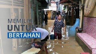 Banjir Merendam 41 RT di Kampung Melayu, Sebagian Warga Memilih untuk Bertahan di Rumah