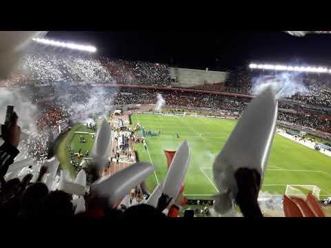 """""""RECIBIMIENTO MONUMENTAL PARA EL CAMPEÓN /RIVER PLATE vs PARANAENSE final de la recopa sudamericana"""" Barra: Los Borrachos del Tablón • Club: River Plate"""