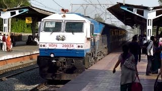 preview picture of video 'Terrificaly Honking KJM WDP-4 Udyan Express blasts through Pimpri at 100Kmph!'
