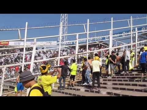 """La UK en el Monumental...."" Barra: Ultra Kanaria • Club: San Luis de Quillota"