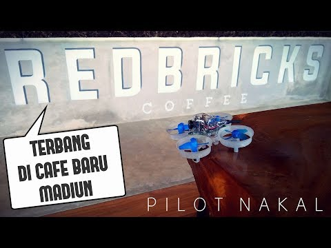 drone-eachine-e011-fpv-terbang-di-cafe-redbricks-madiun