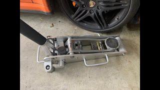 How to refill Alltrade 2 Ton Hydraulic Floor Jack