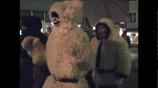 preview picture of video 'Auskehren Imst 2012 Bärenbande'