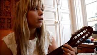 "Basia Bulat - ""Paris or Amsterdam"" - Session acoustique"