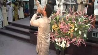 Sonnie Badu at the church of pentecost canada