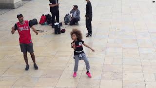 Elysha dance trocadero sur Violatorz - Bobo (remix) feat Svenchy, Darryl