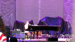 Invincible - Chantal Kreviazuk - LIVE - lilith fair - Toronto