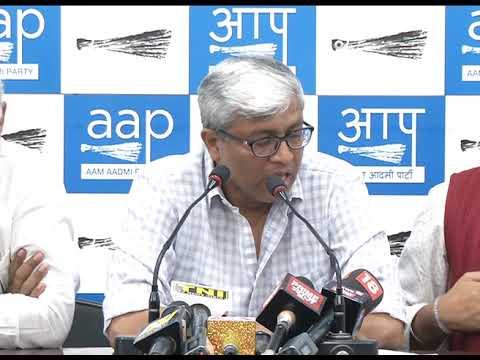 केजरीवाल सरकार के ख़िलाफ़ बयानबाज़ी कर दिल्ली के IAS अधिकारी कर रहे हैं सर्विस रुल का उल्लघंन