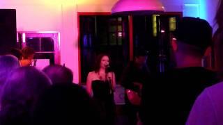 Sarah Calderwood - A Fond Kiss Live