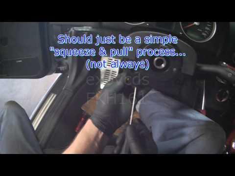 Audi A3 (TT, 8L): Turn Signal & Hazard Switch Replacement (Part 1)