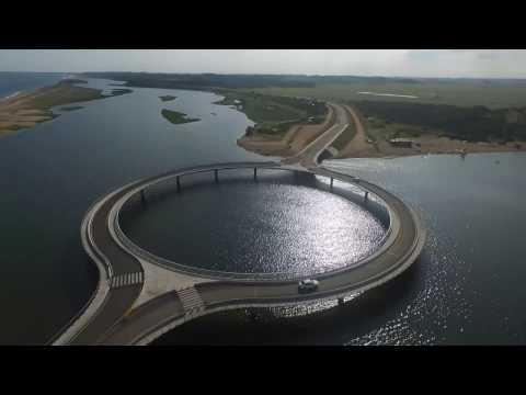 DESDE ARRIBA - Puente Laguna Garzón -