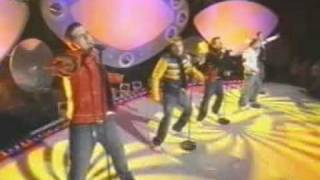 WESTLIFE   When You're Looking Like That SMTV 2001