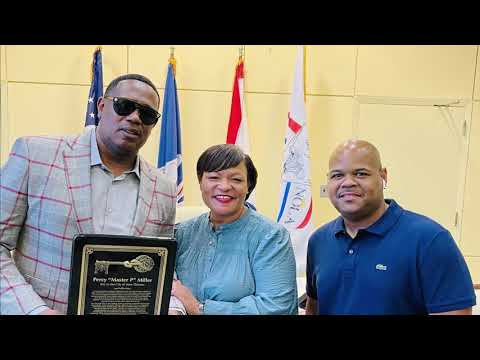 MASTER P GETS KEY TO CITY OF NEW ORLEANS FROM MAYOR