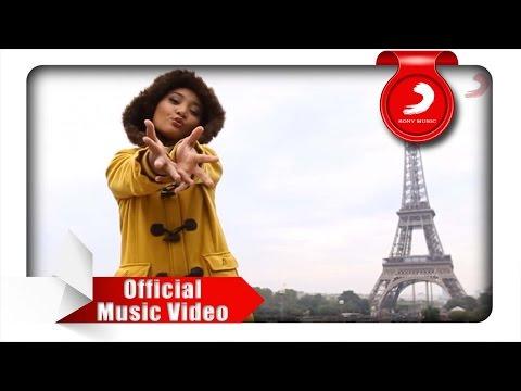 Fatin - Semua Tentangmu (Official Music Video)