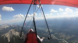 Hang Gliding Golden