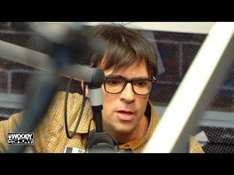 "Weezer - ""Africa"" Acoustic Performance Mp3"