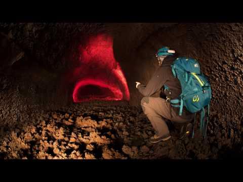 Sicilia: I Canali di scorrimento lavico dell'Etna (Lava tubes), Parte I