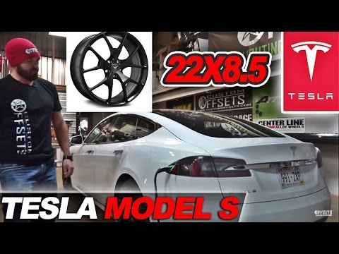 Spotlight - 2016 Tesla Model S, 22x8.5's and 245/30/r22