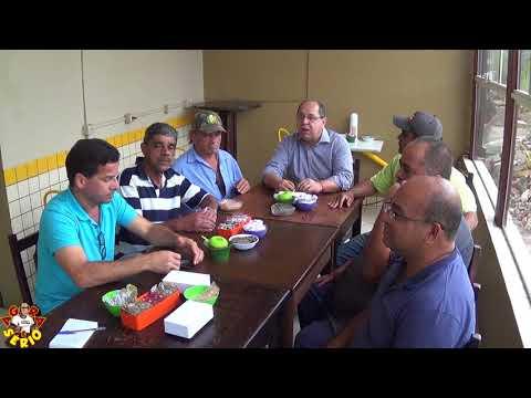 Deputado Federal Valmir Prascidelli com amigos na Padaria do Ayres