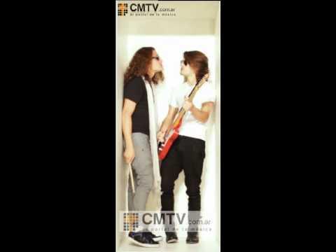 Mau y Ricky video Luna Llena - Colección Banners CMTV