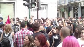 preview picture of video 'Leves incidentes en la manifestación de la huelga de estudiantes en Elche'