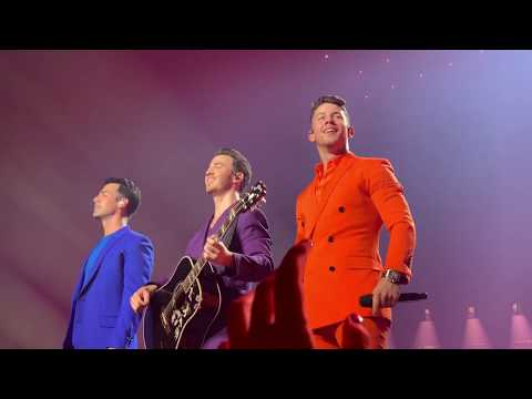 Jonas Brothers - Rollercoaster - Happiness Begins Tour 2019 (Pit) Opening Night Miami