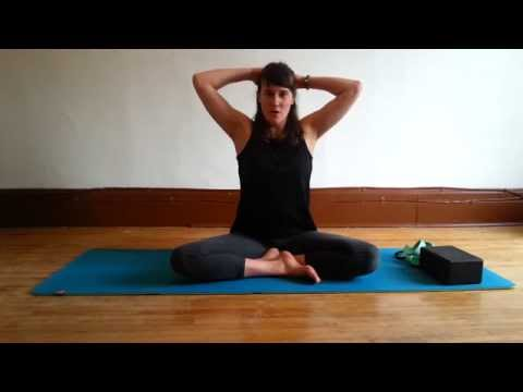 Séquence de yoga hatha pour le dos, les épaules et le cou