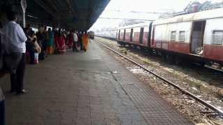 preview picture of video 'Upcoming CR ki Rajdhani Express (02109 Mumbai LTT - Hazrat Nizamuddin AC Special)'