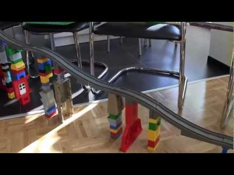 Wir bauen eine LEGO DUPLO Bahn