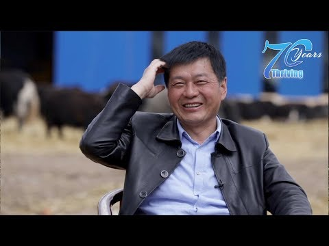 This man builds free houses for herders on the Tibetan plateau