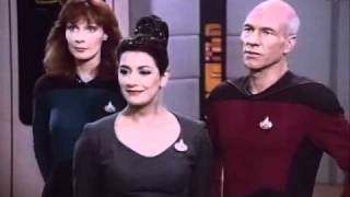 Jean-Luc Picard insulted by Data