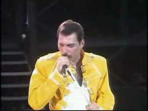 "Freddie Mercury vs. Crowd eases into ""Under Pressure"""